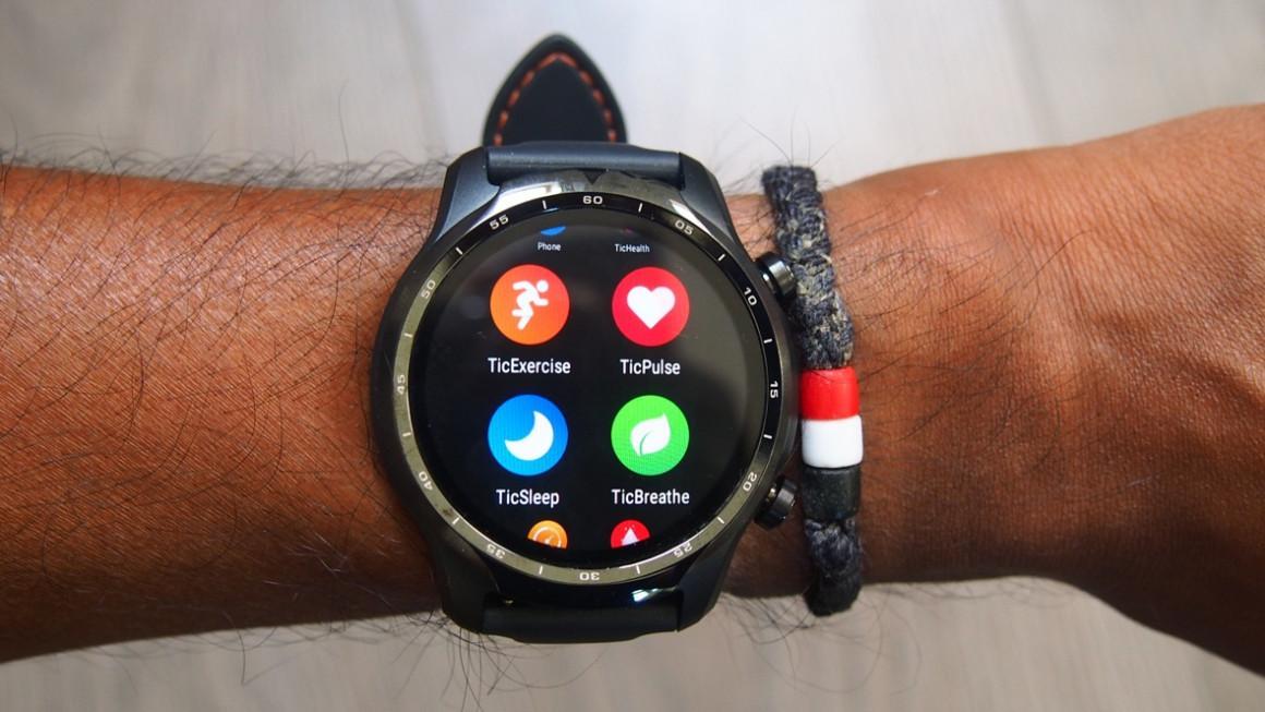 Ticwatch Pro : recensione, caratteristiche, opinioni, prezzo